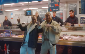 Donnie ft. Frans Bauer - Geen Centen, Maar Spullen